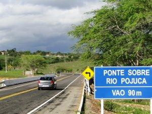 Ponte sobre rio Pojuca facilitou o tráfego para Jaiba e Coração de Maria